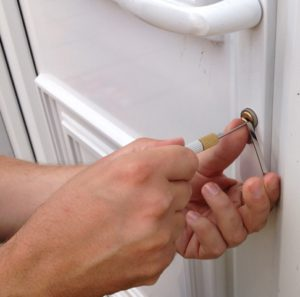 Locked out? Slotenmaker Den Haag|Locksmith The Hague|Call: 0652333817