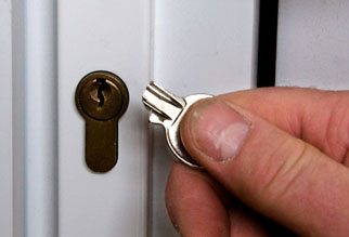 Key cutting service? Slotenmaker Den Haag | Locksmith The Hague tel: 06 52 333 817
